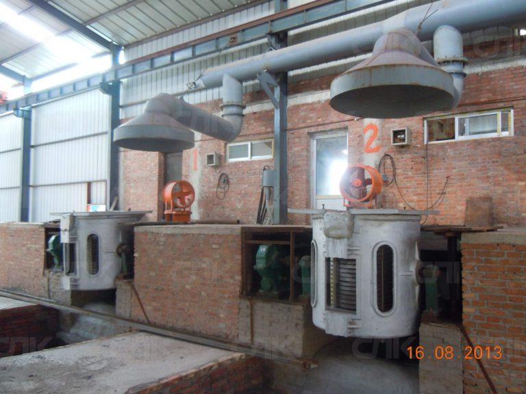 Плавильные печи емкостью до 1 тонны на редукторе в алюминиевом корпусе
